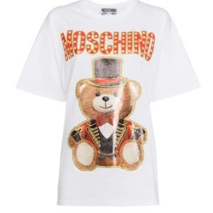 💯 authentic oversized Moschino T-shirt